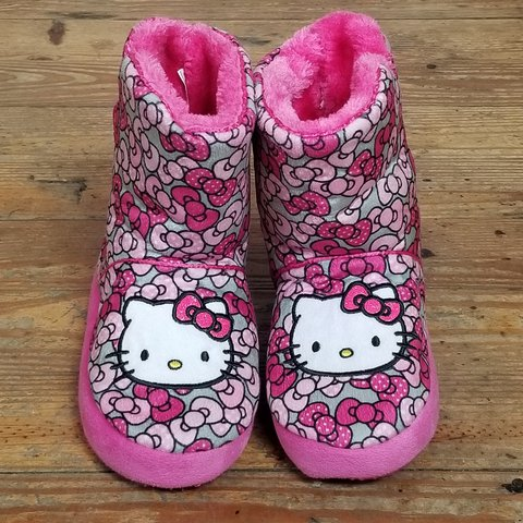 1aee212d5 @lisandrabefit. 22 days ago. Orange City, Volusia County, United States.  Super cute Girl's Sanrio Hello Kitty Pink Plush Fuzzy Slipper Booties ...