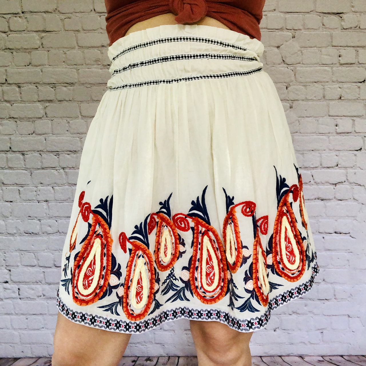 Product Image 1 - Cute short white skirt with