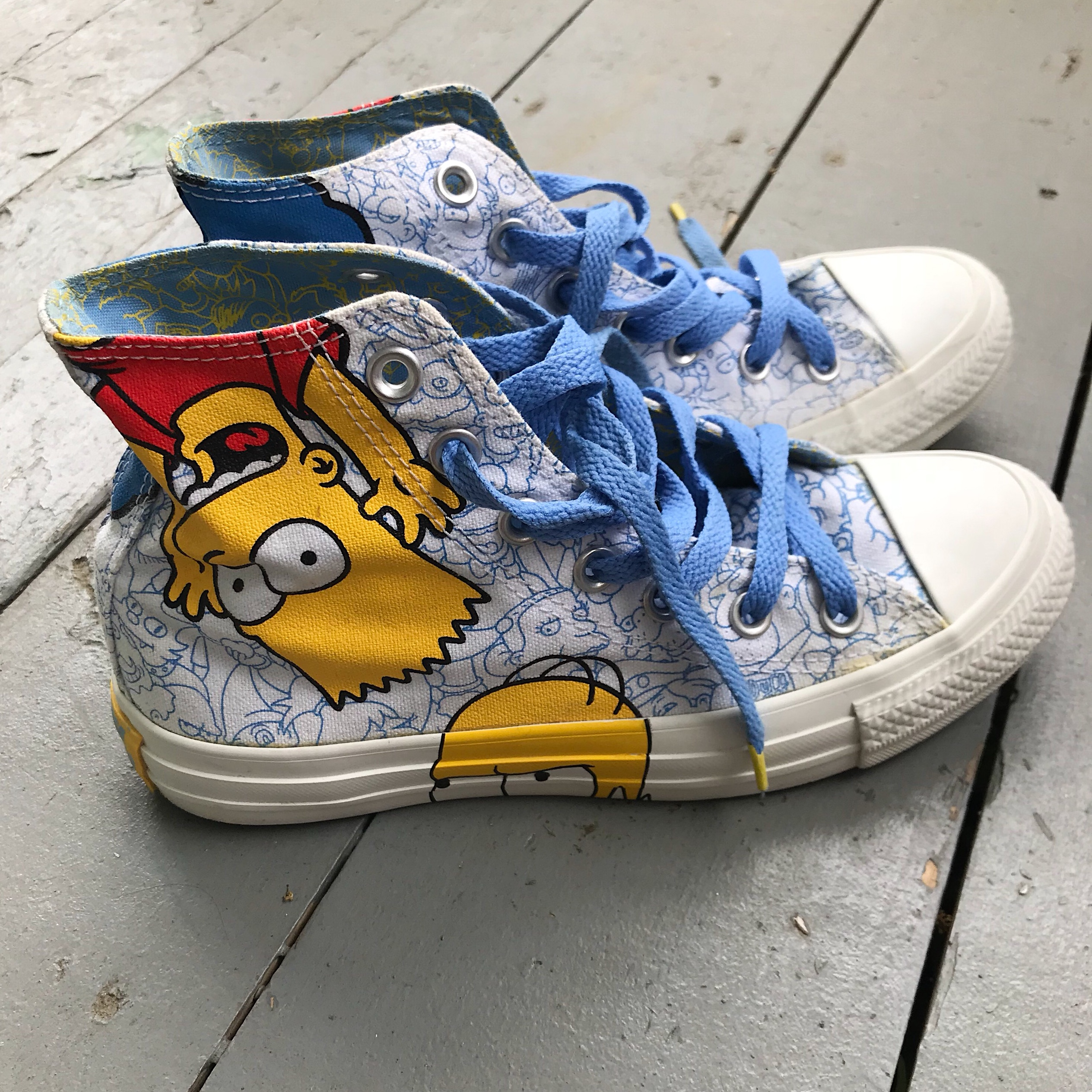 Limited edition Simpsons converse. Simpson family... - Depop