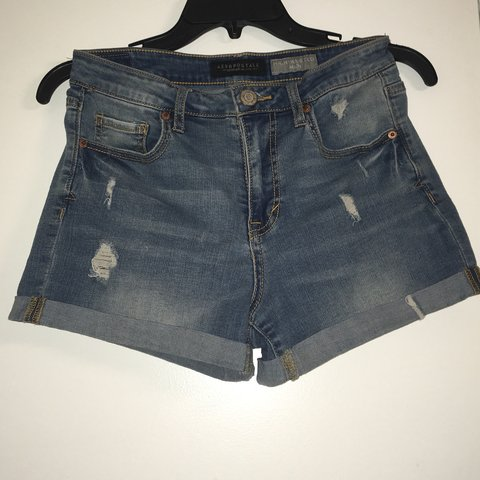 b404dde285 @sleepy_sarai. in 4 hours. Riverside, United States. cute high waisted jean  shorts -comfy material; 89% cotton ...
