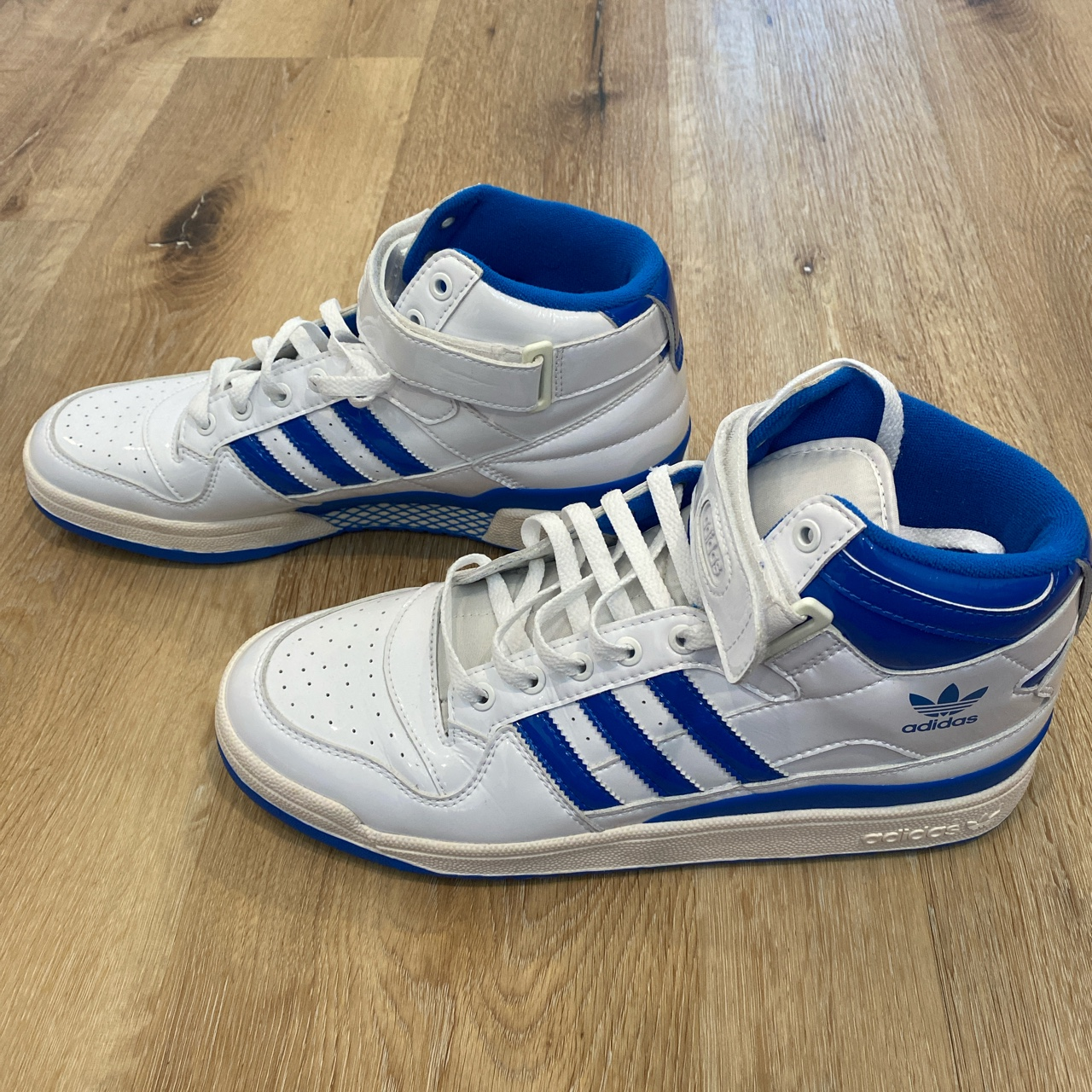 Product Image 1 - ADIDAS FORUM MID IN WHITE/ROYAL