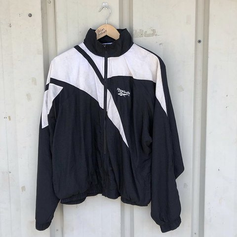 680eb7bb19ad5 Listed on Depop by thriftselects