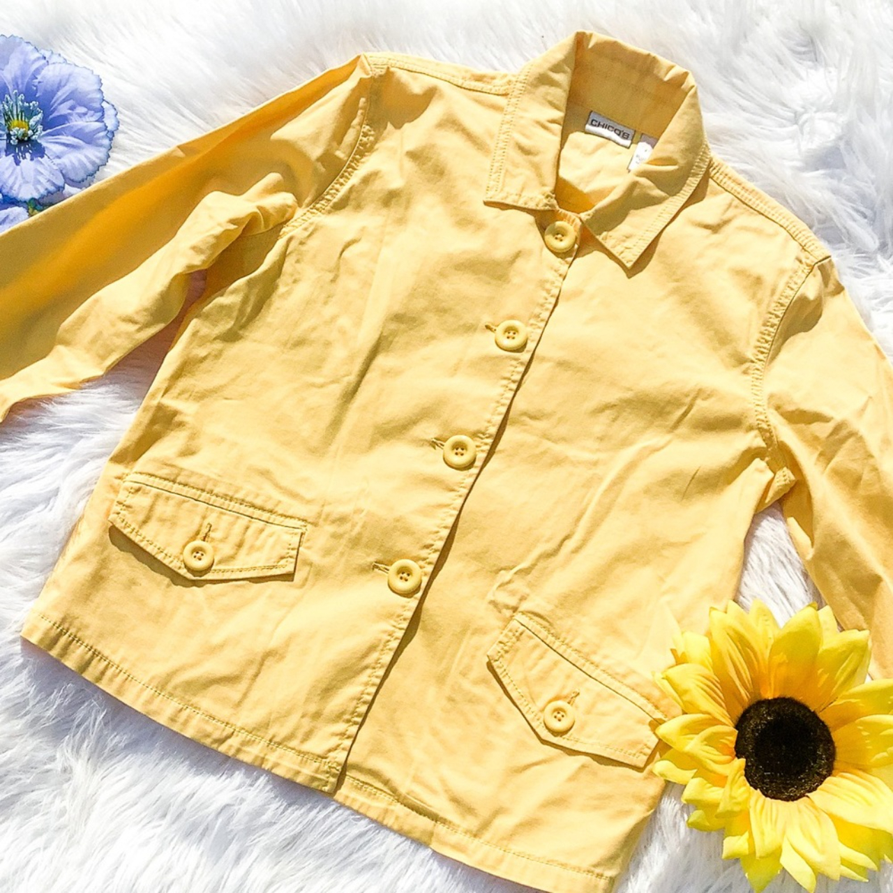 Product Image 1 - Chicos Button Down Size 1