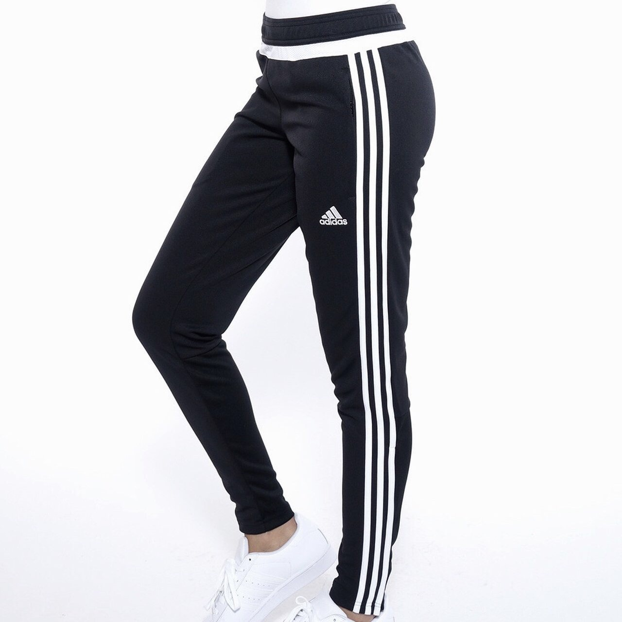 70eebdea Adidas Tiro 15 Training Pants Youth Large SO it fits... - Depop