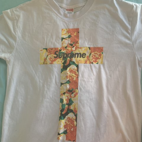 84f20e7486c0 @kimmymichellee. 13 days ago. Los Angeles, United States. Supreme NYC Floral  Cross Shirt