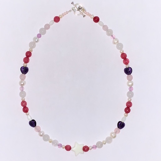 Product Image 1 - Ven necklace Features freshwater pearls and