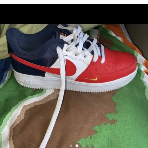 0222e357a5 Nike sneakers NEW PRICE - Depop