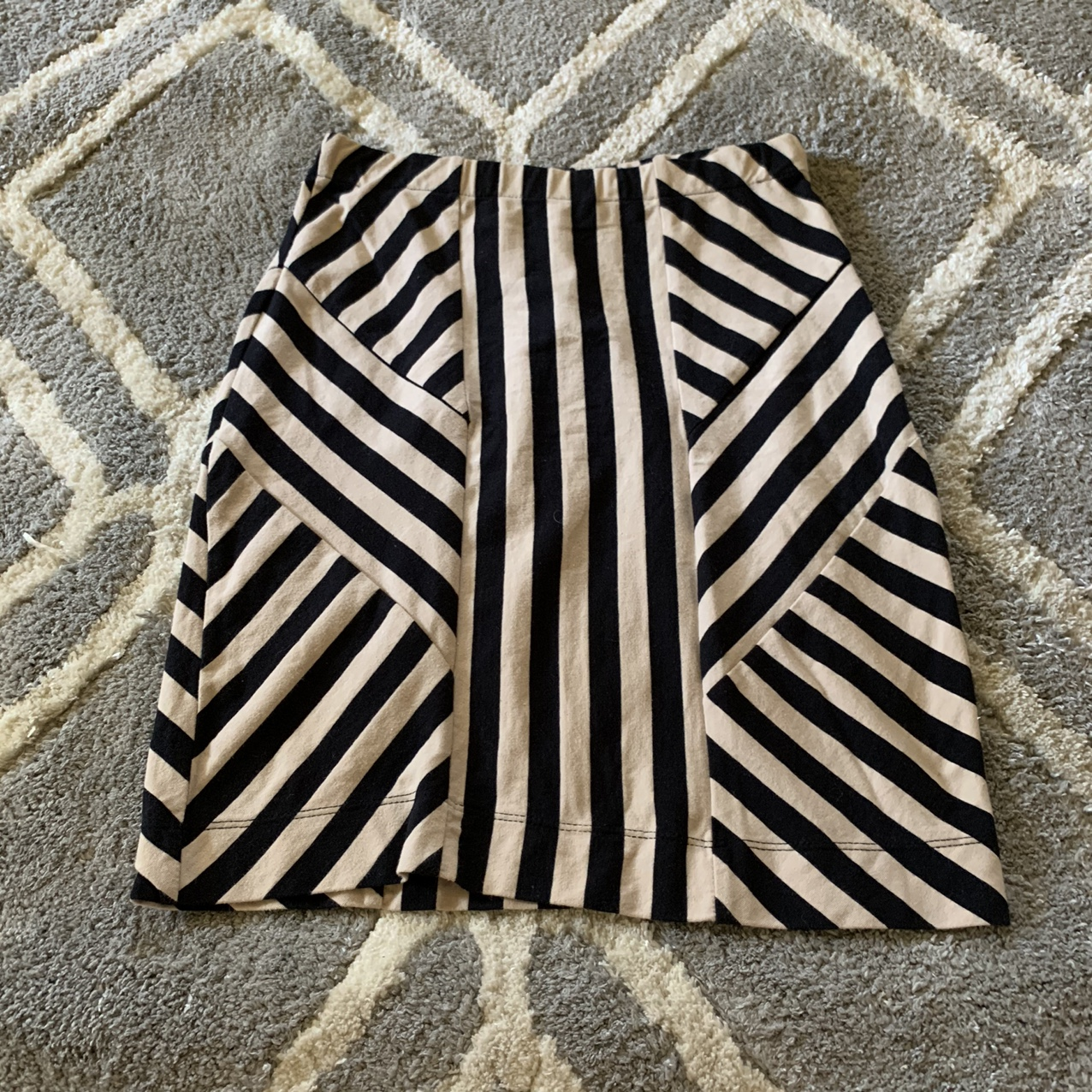 Product Image 1 - just ginger pencil skirt  size