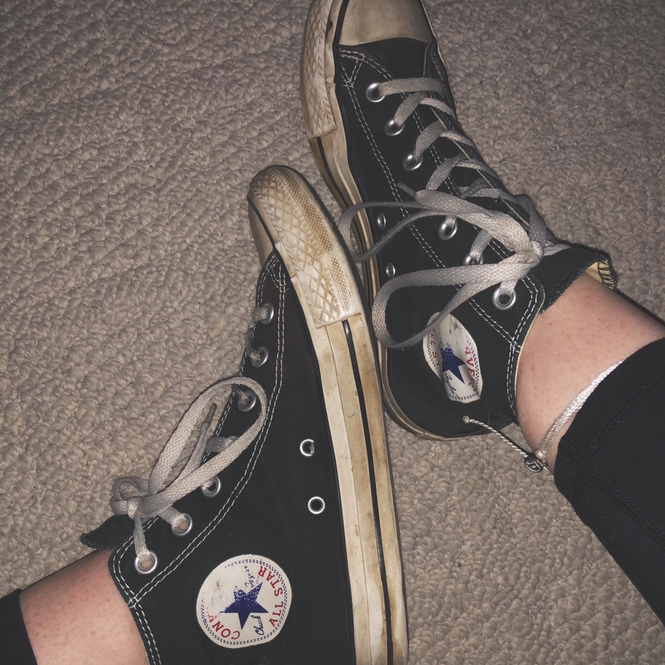 Very distressed black high top converse Has some... - Depop