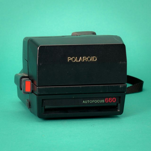 polaroid sun 660 sonar autofocus camera awesome cameras depop. Black Bedroom Furniture Sets. Home Design Ideas