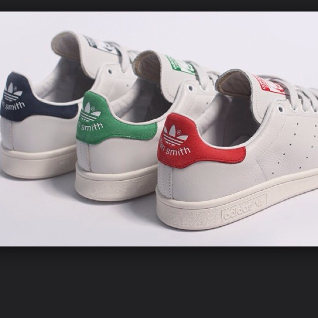 Stan smith baffo rosso for Stan smith colori