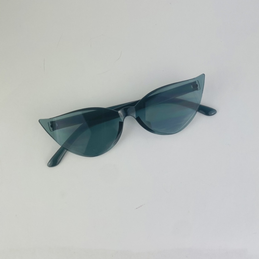 Product Image 1 - Cat eye gray candy frame