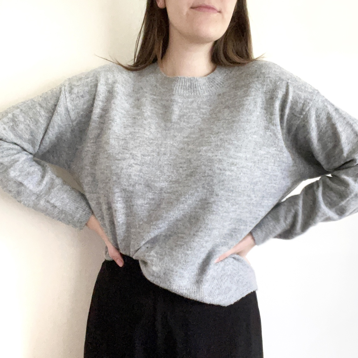 Product Image 1 - Shipping is $4.75!  Light gray knit