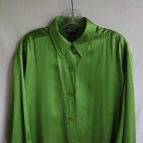 9ea442317c4879 @nmc5000. 22 days ago. Youngstown, United States. NY&Company silky lime green  button down blouse ...