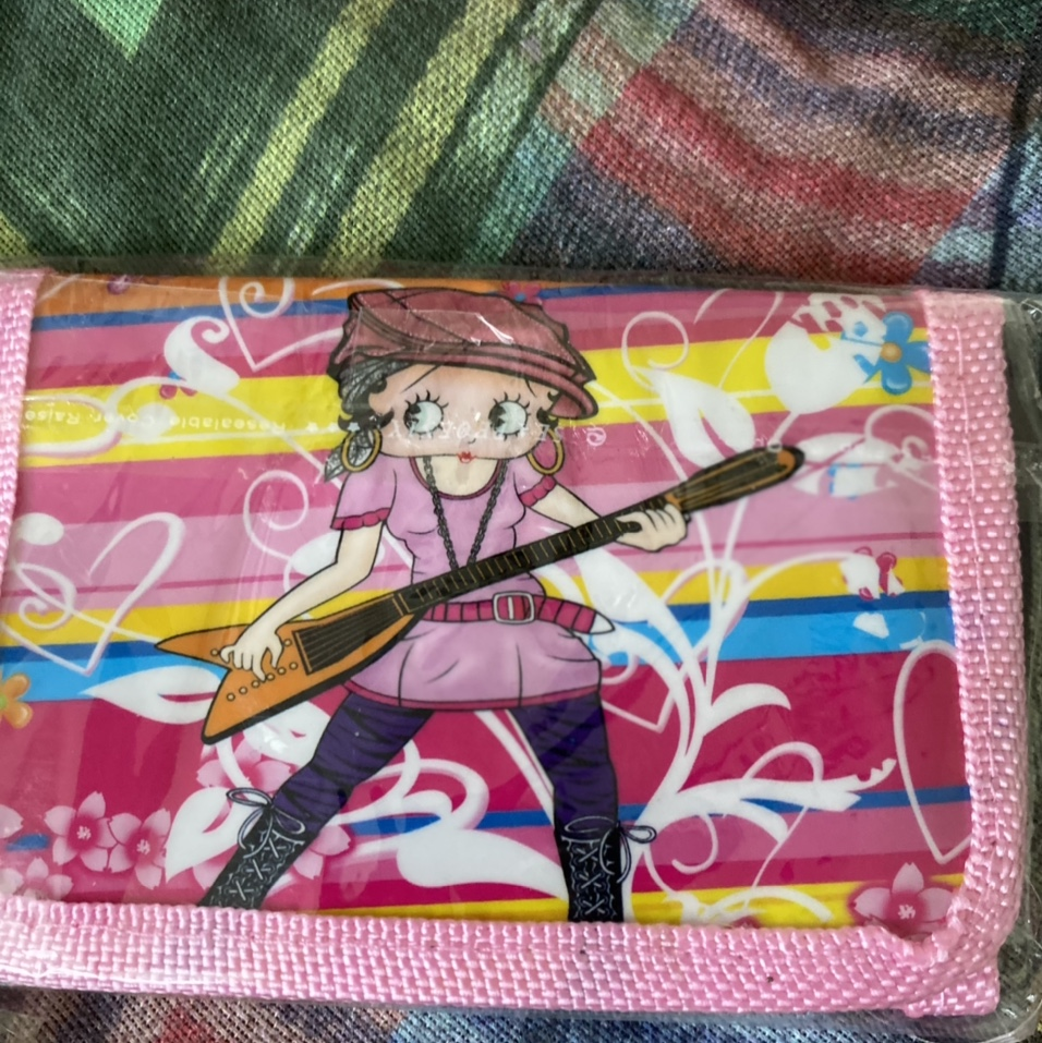 Product Image 1 - betty boop wallet  deets: super cute