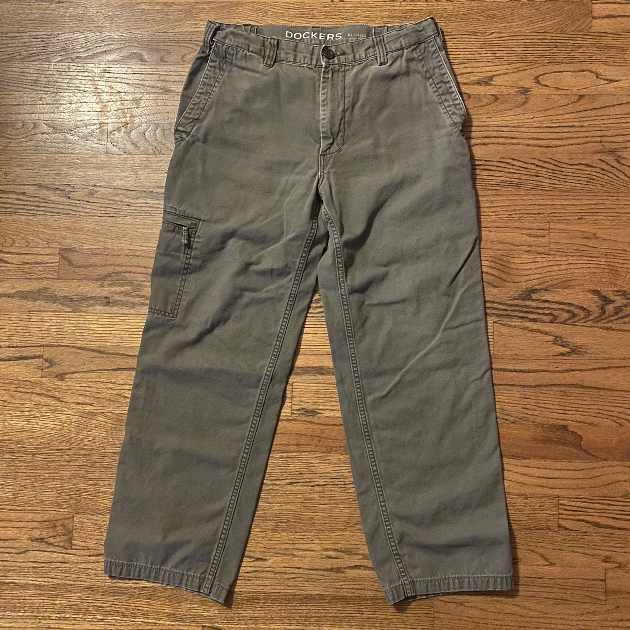 Product Image 1 - Dockers D3 Classic cargo pants.