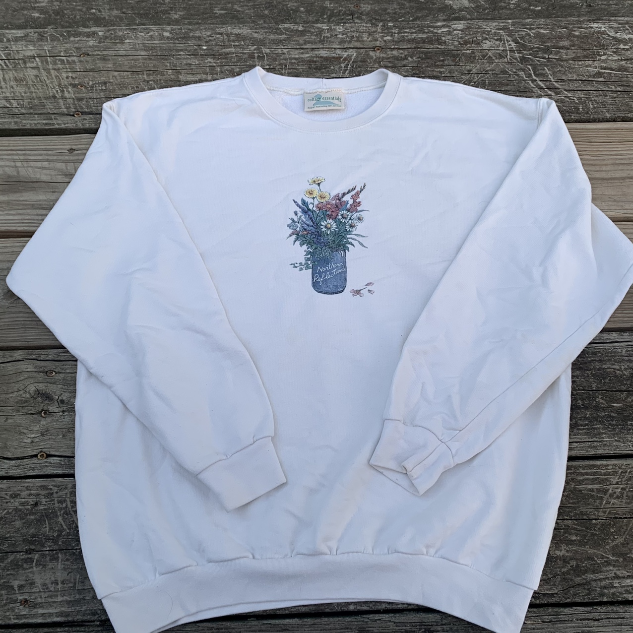 Product Image 1 - 📌Item: Granny Sweater With Flowers