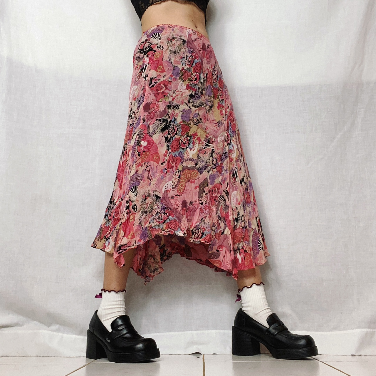Product Image 1 - 90s floral skirt  by Angie. beautiful