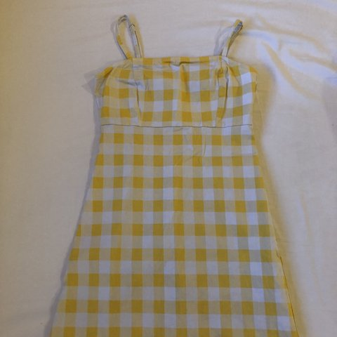 f4f8f20fcbb2 @awoodd. 10 days ago. Henderson, United States. YELLOW CHECKERED DRESS
