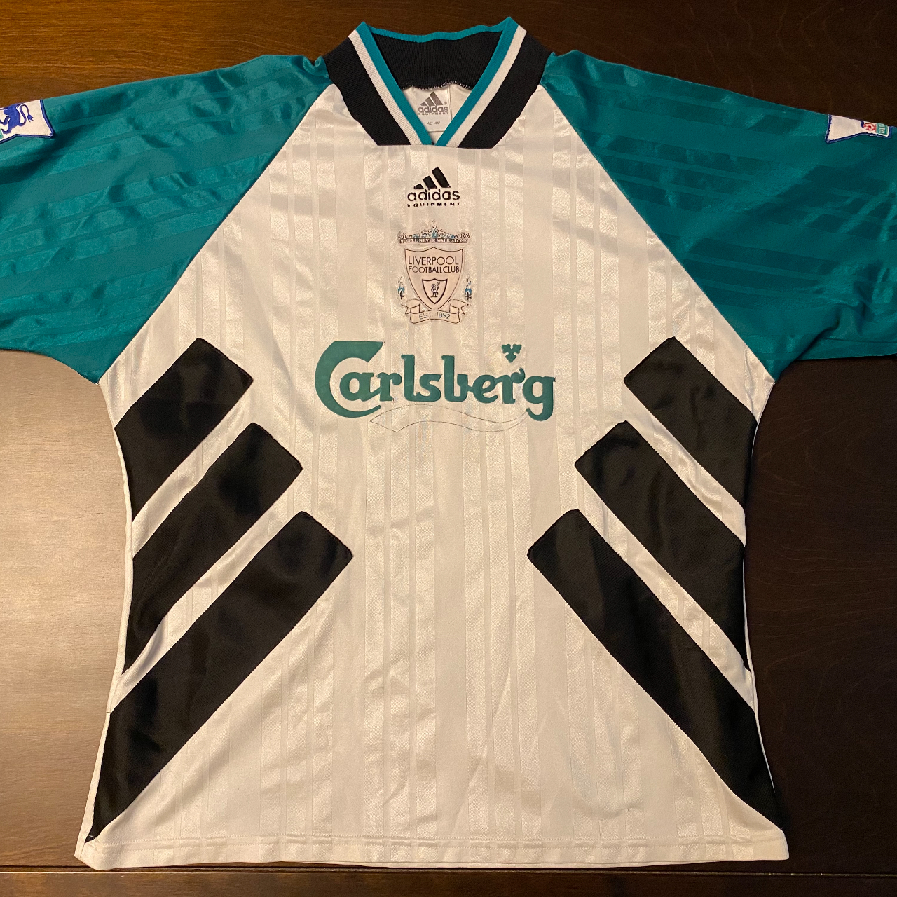 Product Image 1 - 1993-1995 Super Rare Liverpool Away