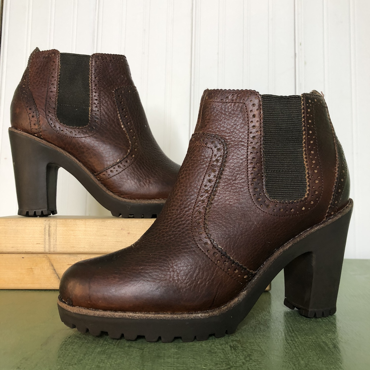Product Image 1 - Sperry high heeled leather Chelsea