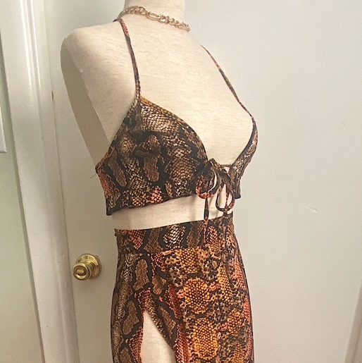Product Image 1 - two piece snakeskin skirt set,
