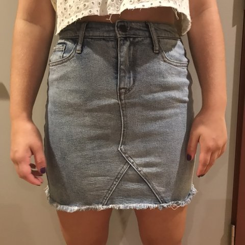 fced92c5d Cute Mossimo denim skirt, hits above the knee. Great for a - Depop