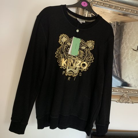 cbbfcdcc4d Kenzo - Black and gold print jumper - never worn. It will a - Depop