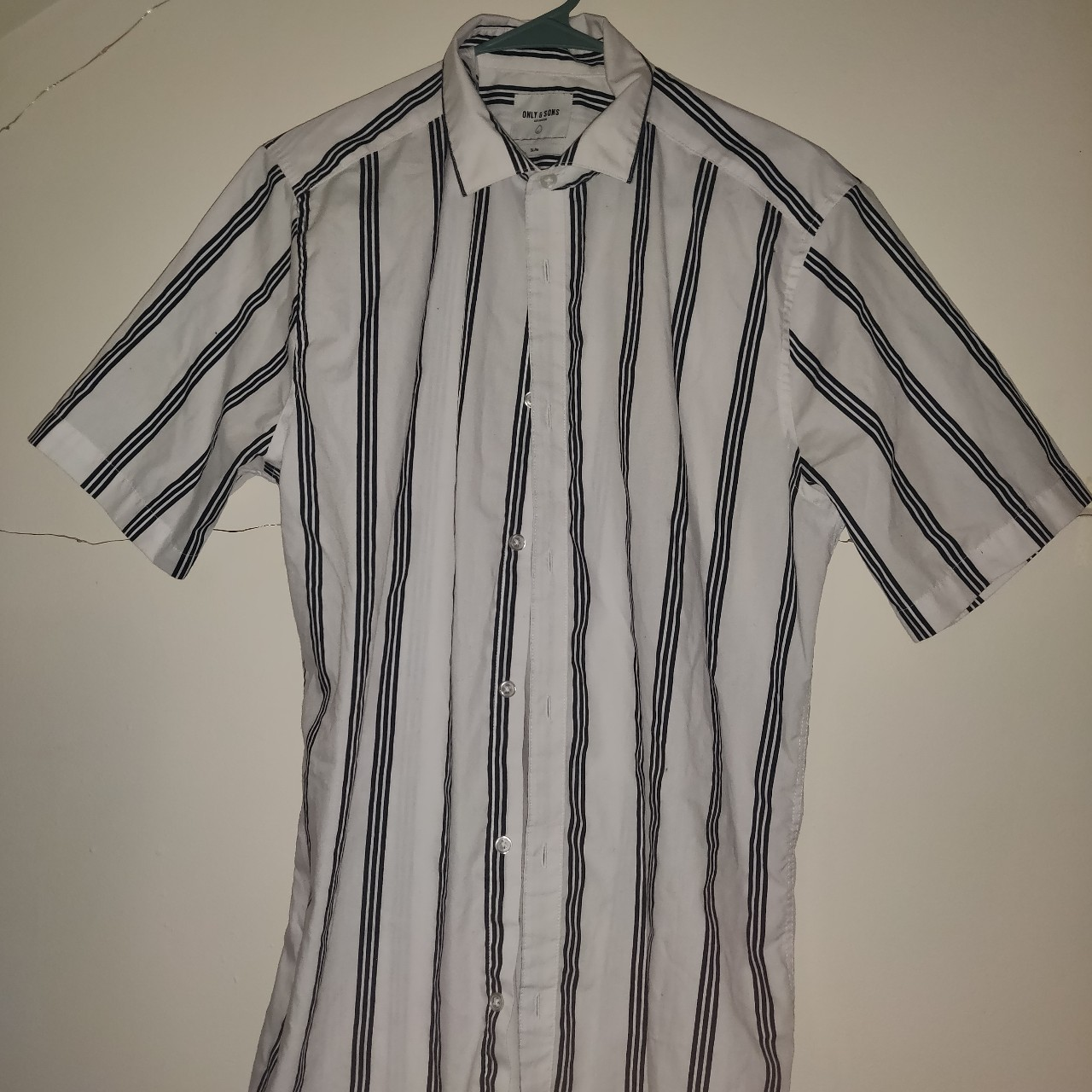 Product Image 1 - Men's medium striped button up
