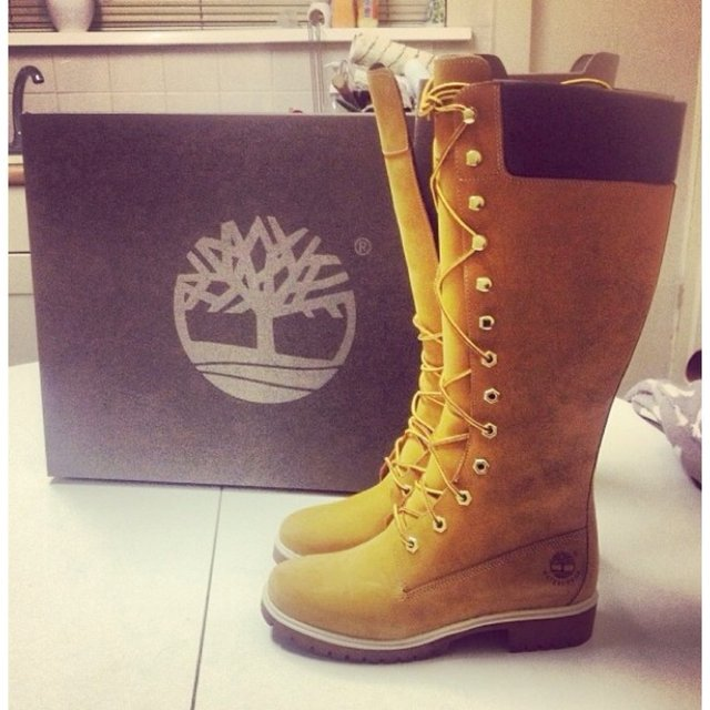 timberland knee high boots excellent condition