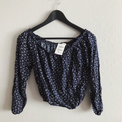 2abf5ff41de @_treeesa. 7 days ago. San Jose, United States. New with tags! Brandy  Melville Floral Maura Top.