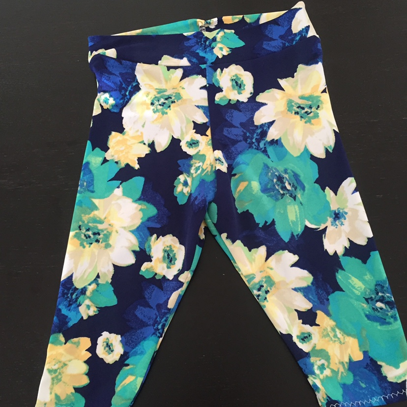 Product Image 1 - Supersoft light and airy leggings