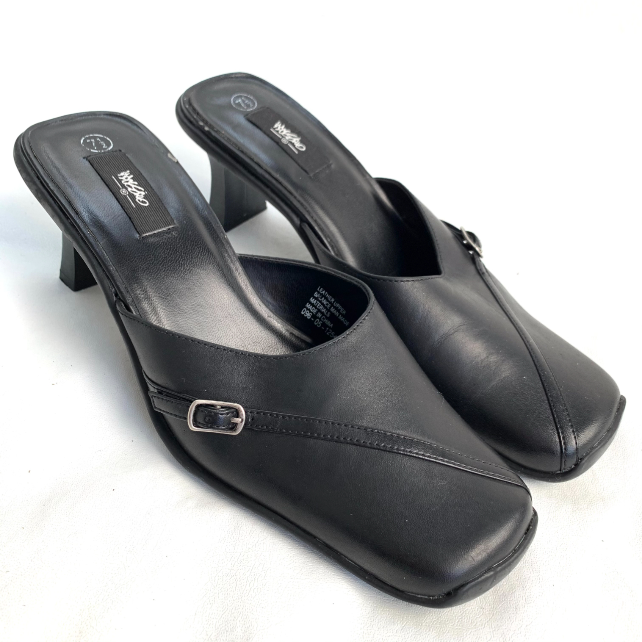 Product Image 1 - Vintage y2k mules, Mossimo brand,