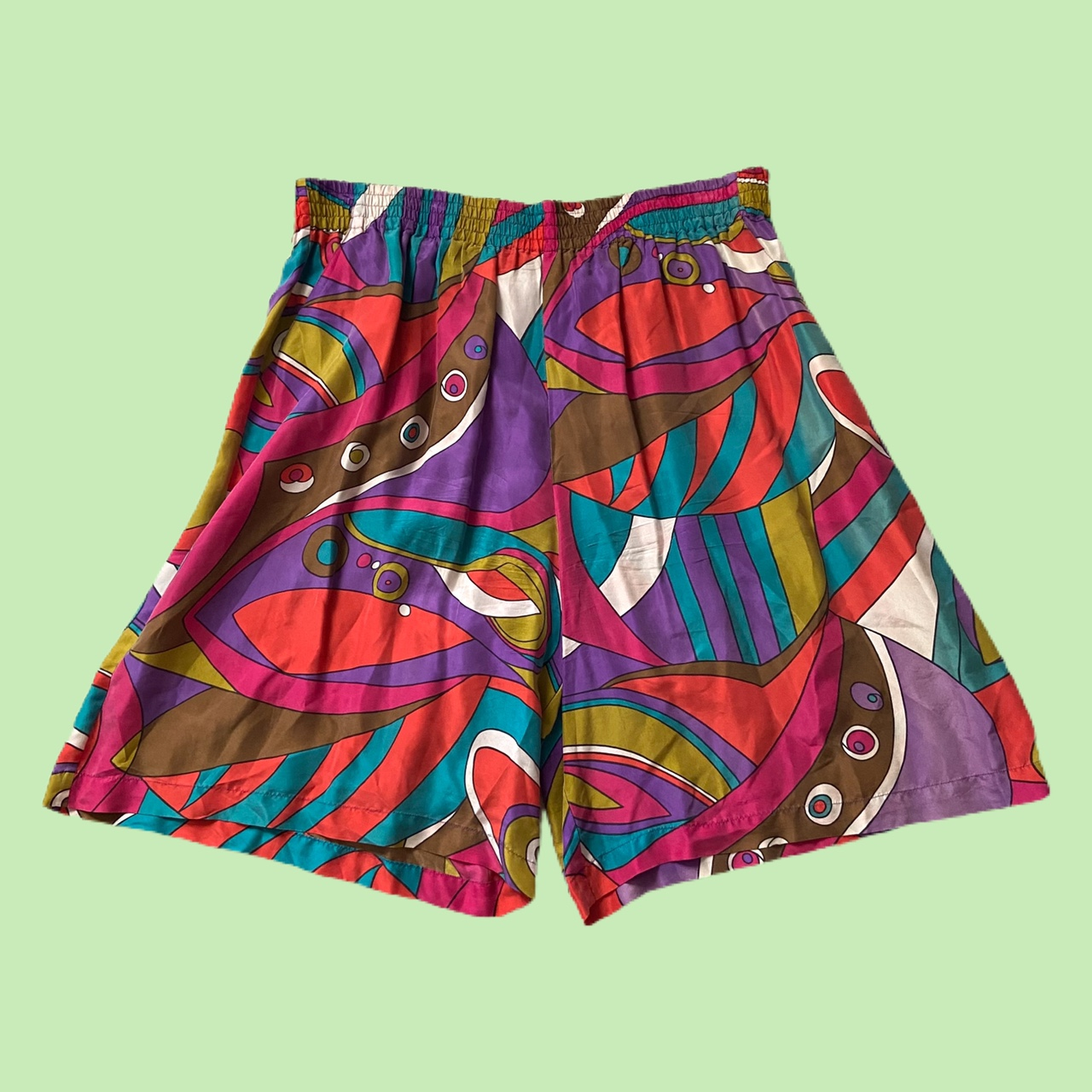 Product Image 1 - vintage funky shorts women's 8 but