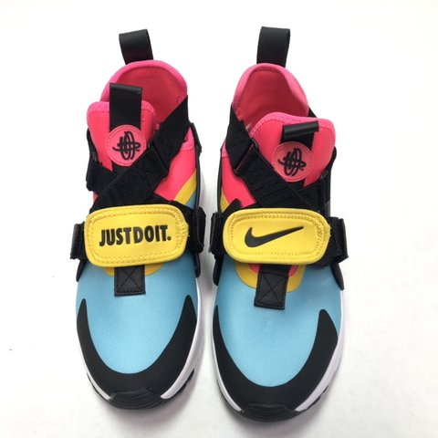 the latest ab464 9c832  lcheckai. 7 hours ago. Watertown, United States. Nike Huarache City  Running Shoes