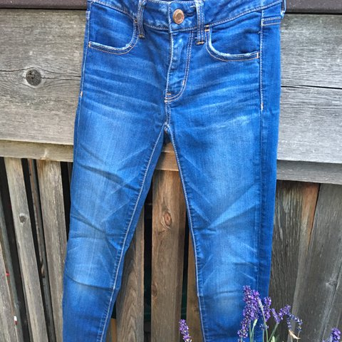 5cc3ca06621 @marieridder. 15 days ago. Arvada, United States. Nice light blue colored  pair of American Eagle skinny jeans.
