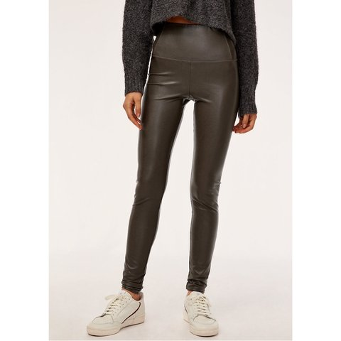 f127add2d6403 @morainic. 4 days ago. Phoenix, United States. Wilfred Free daria pant /  vegan leather legging in dark charcoal color by Aritzia. Size xs