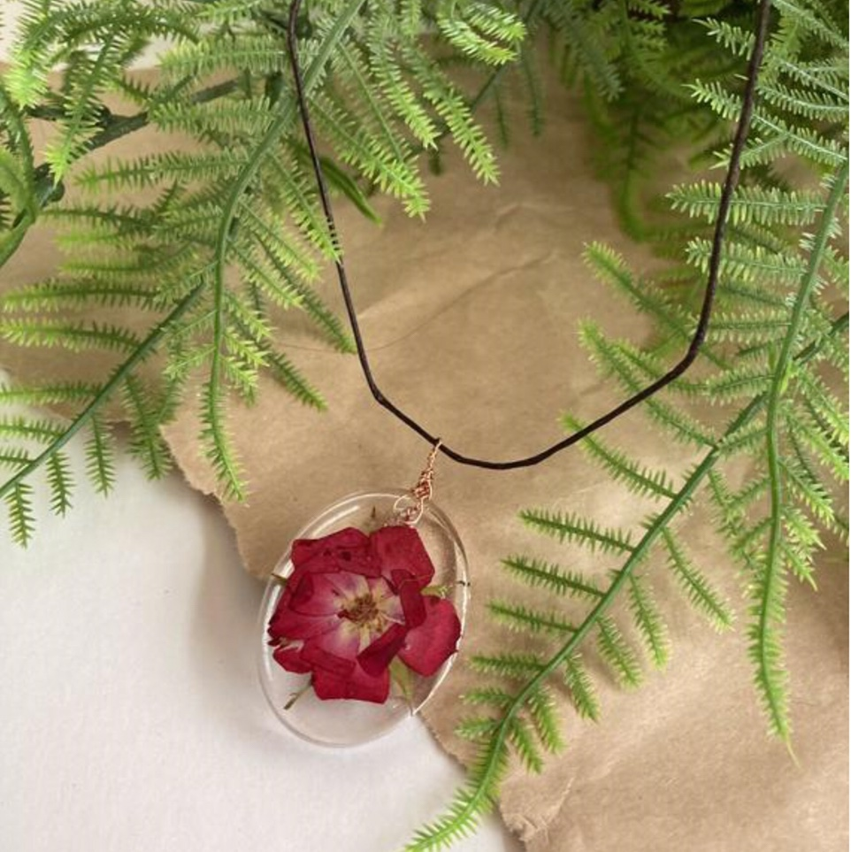 Product Image 1 - 🌿 Handmade floral resin necklace! 💖