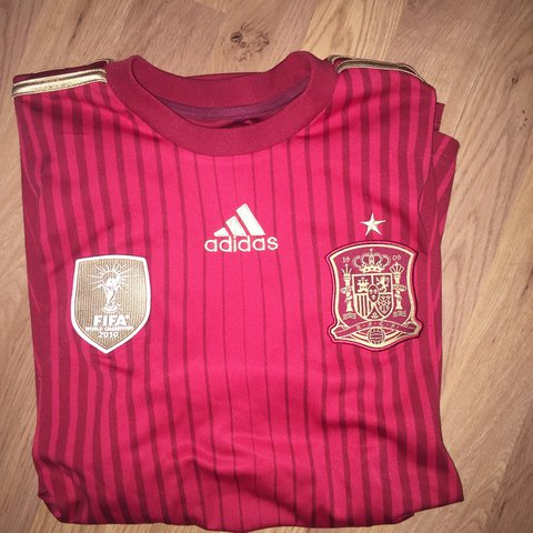 f2aee74a3 @sandrofreitas10. 4 hours ago. London, United Kingdom. Adidas Spain 2014  World Cup football shirt. Size small