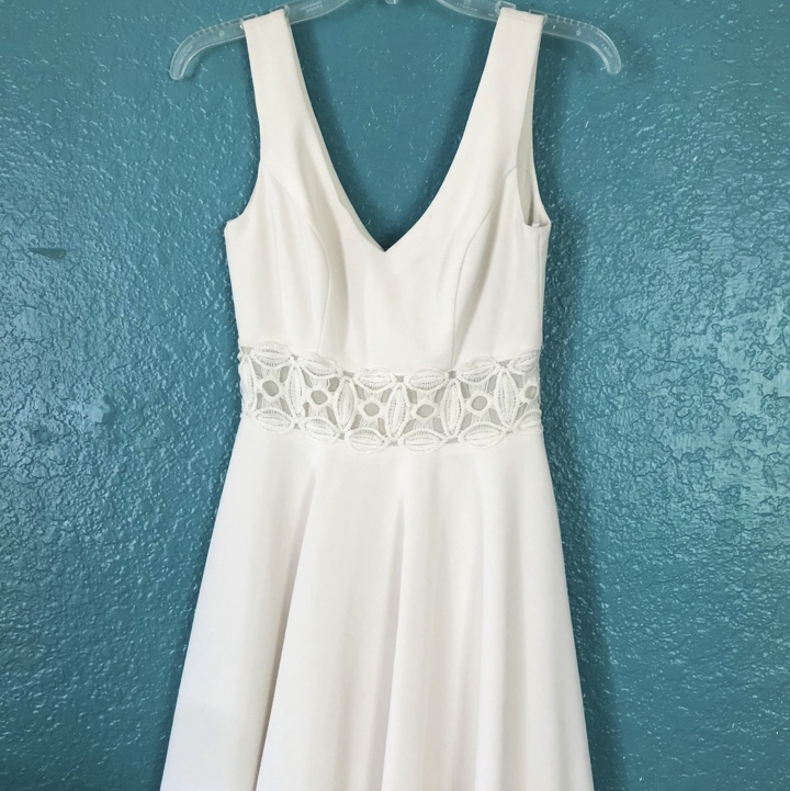 Product Image 1 - Adorable and classy cocktail dress