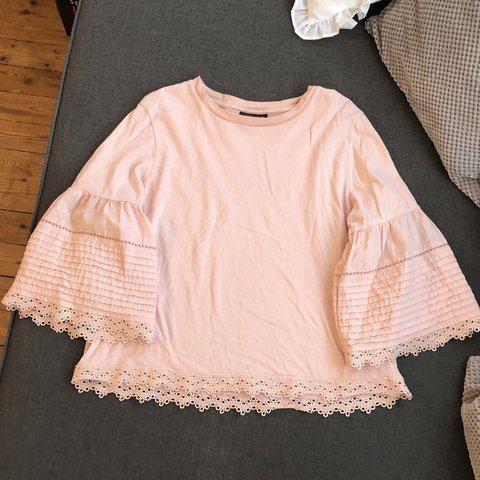 76145357db Topshop blush pink top, very cute, perfect for summer, worn - Depop