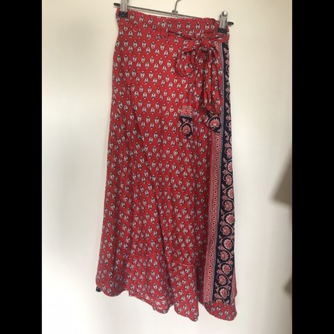 71512b6b7 @emmeharrison. 25 days ago. Coolum Beach, Australia. Red tree of life long  red patterned wrap skirt. Perfect condition only worn a few times really  pretty ...