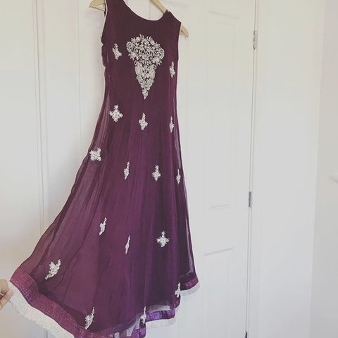 0e99ffa407 Stunning dress in purple comes with beautiful work and & to - Depop