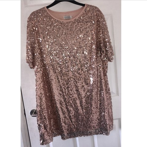 2a6c288c @mollzxb. 20 days ago. Sheffield, United Kingdom. 💖In The Style 💖Rose  gold sequin t shirt dress 💖plus size curve