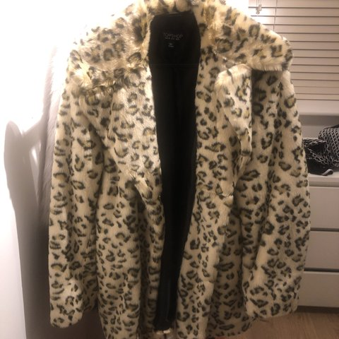 a1fe2bc20dfd @kradnedge7. 29 days ago. Bristol, United Kingdom. Topshop leopard print  coat. Size 8. Worn once. Bought for 80