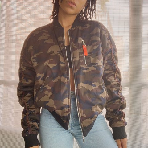 22a3b9d9a5620 @kaevintage. 27 days ago. New York, United States. unisex army print bomber  jacket with cool back pocket