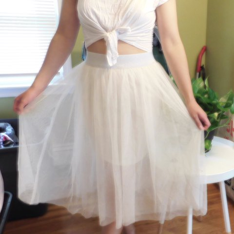 50781d9a76 @heybiancagabrielle. 12 days ago. Waltham, United States. White tulle skirt  with glittery silver ...