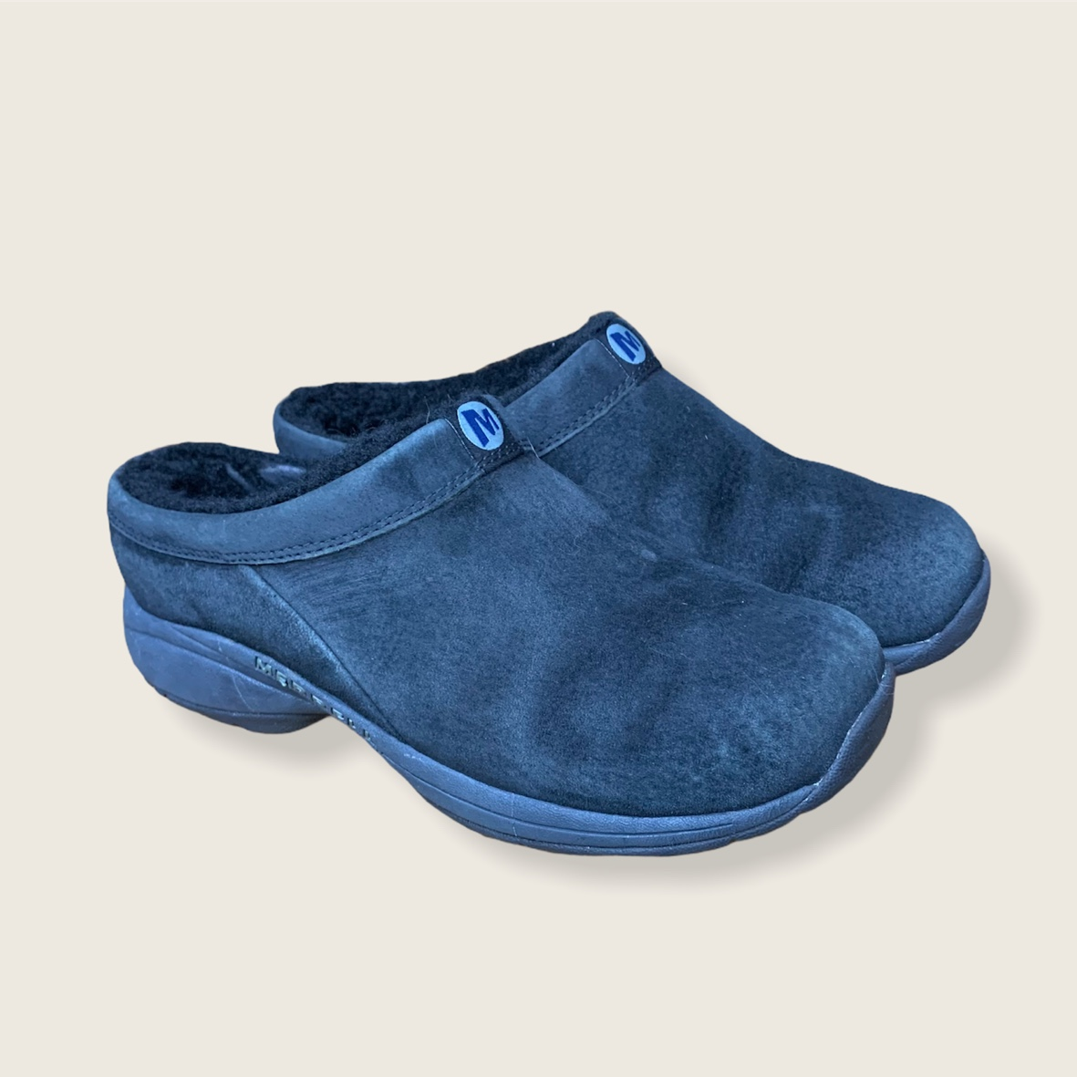 Product Image 1 - merrell clogs black suede w/