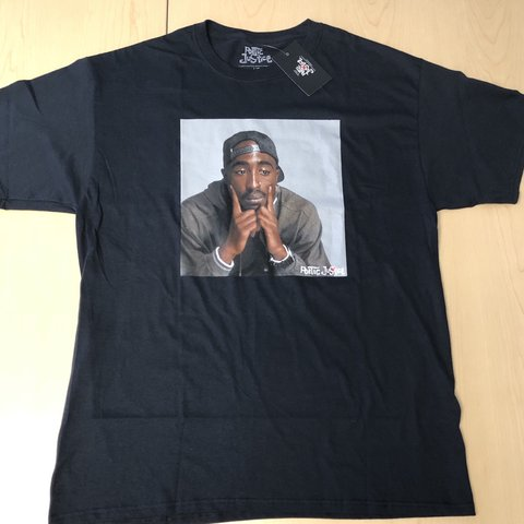 5f6b02e25 2pac/Tupac Poetic Justice Graphic Tee. New with tags - Depop
