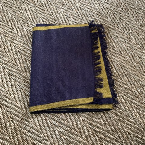 d92b54357458 @meg_e_fox1616. 19 days ago. Ashford, United Kingdom. Navy blue and yellow  scarf. Never worn